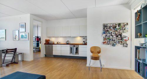 1204 – Cozy 3 bedroom apartment on Edvard Thomsens Vej