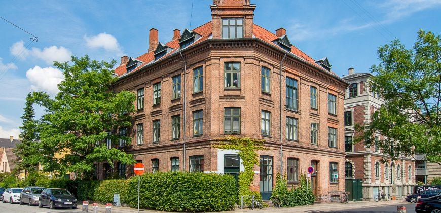 1253 – lækker lejlighed på Frederiksberg