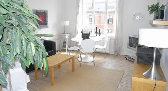 1286 – Furnished apartment in Frederiksberg