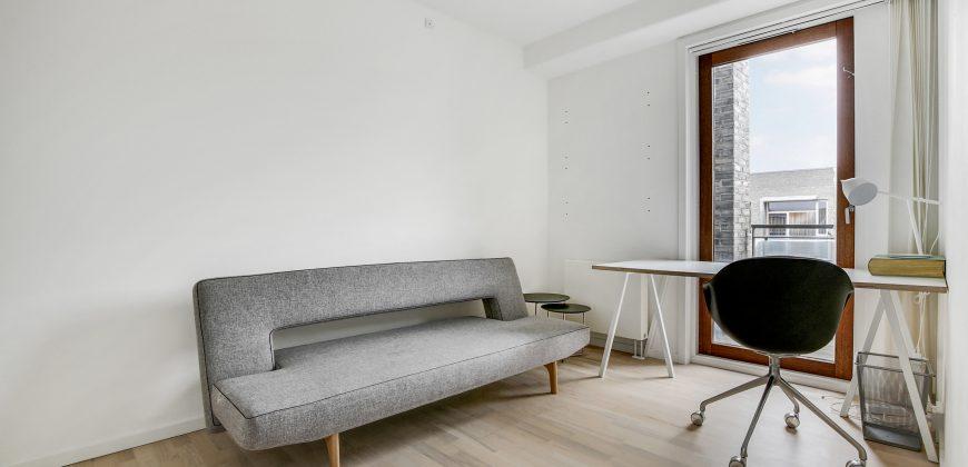 1317 – Møbleret lejlighed med tagterrasse