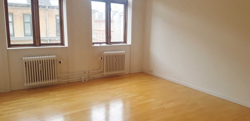 1021 – 2 room apartment Frederiksberg