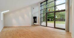 1016 – Dejligt arkitekttegnet hus på Engvej
