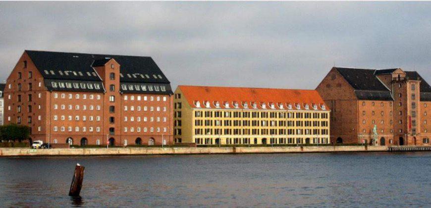 1057 – Eksklusiv lejlighed på Toldbodgade