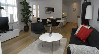 1081 – Skøn lejlighed i centrum