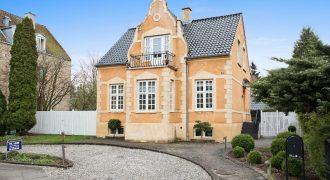 1162 – Fantastic villa in Søborg