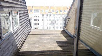 1202 – Super central lejlighed på Herluf Trollesgade