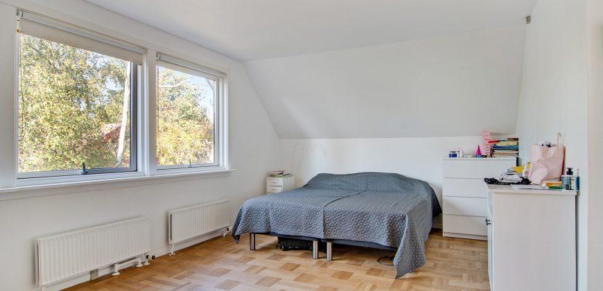 1241 – Spacious villa in Bagsværd
