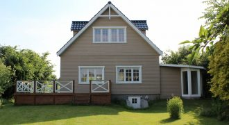 1255 – Lovely house with big garden in Gentofte