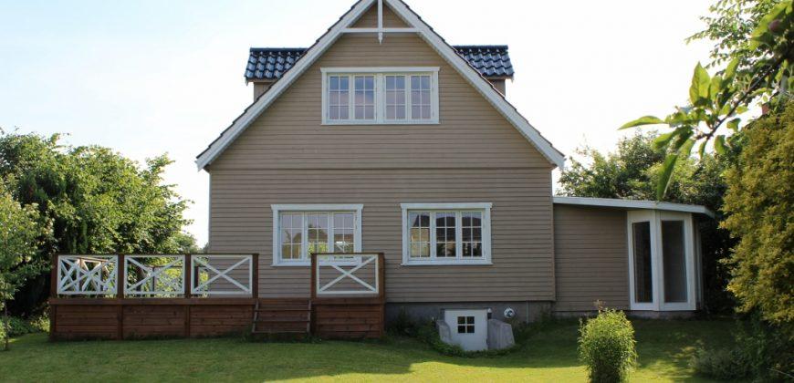 1255 – Skøn villa med stor have i Gentofte
