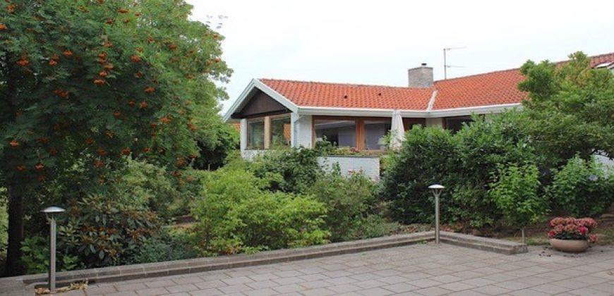 1431 – Rummelig villa i Kokkedal