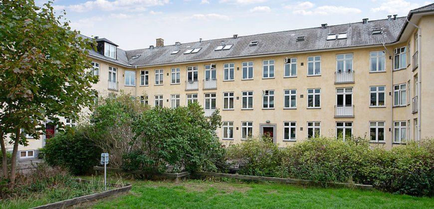 1363 – Furnished apartement Tuborgvej
