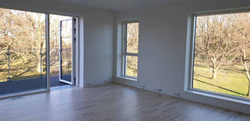 1373 -Skøn lejlighed med altan og fælles tagterasse
