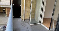 1522 – Hyggelig 1 værelses lejlighed med god altan