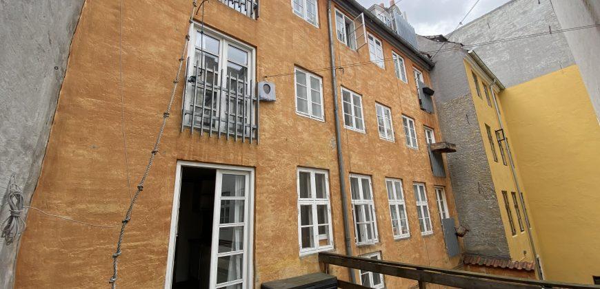 1627 – Unik bolig med stor tagterrasse